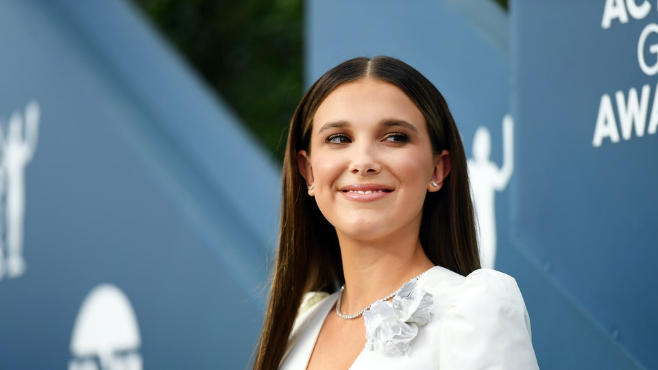 Millie Bobby Brown's SAG Awards outfit caused a ridiculous controversy.