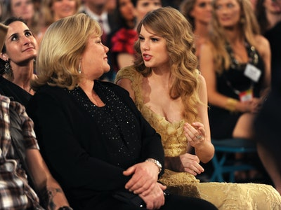 Taylor Swift shared her mother's brain cancer diagnosis.