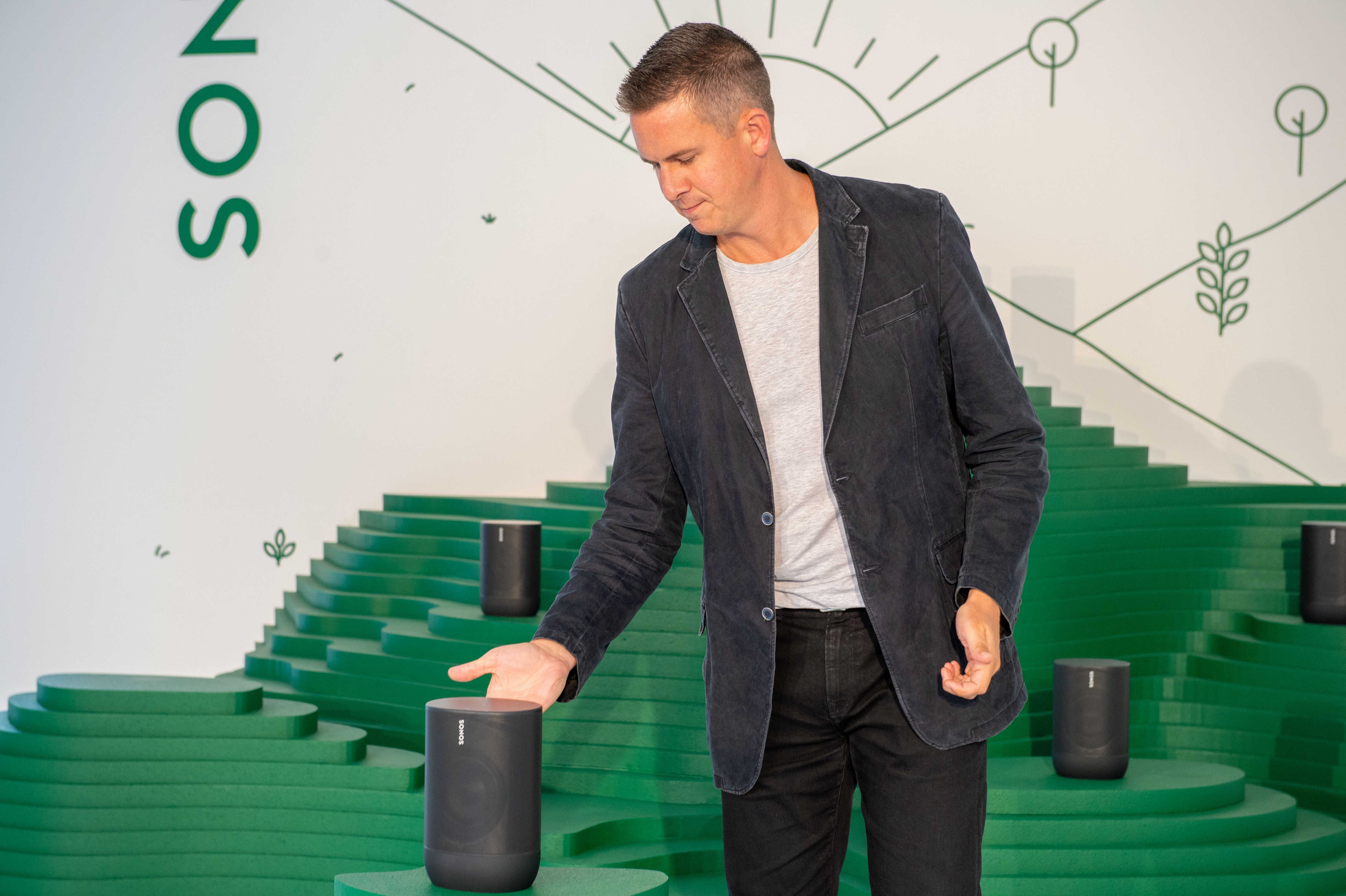 Sonos review scores have been collapsing since late December