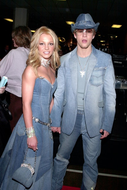 Britney Spears and Justin Timberlake wear matching denim outfits on the red carpet at the 2001 American Music Awards.