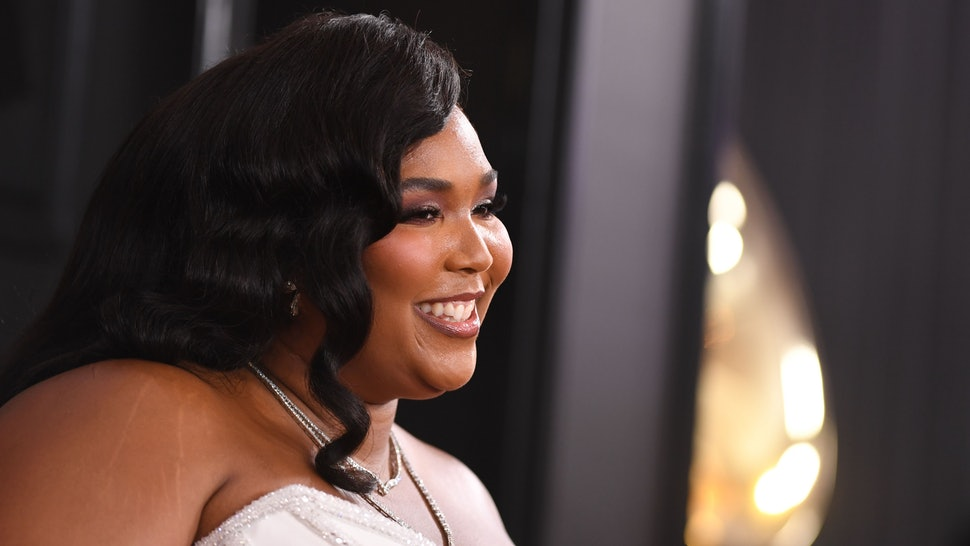 Lizzo's 2020 Grammy dress pays homage to icons past.