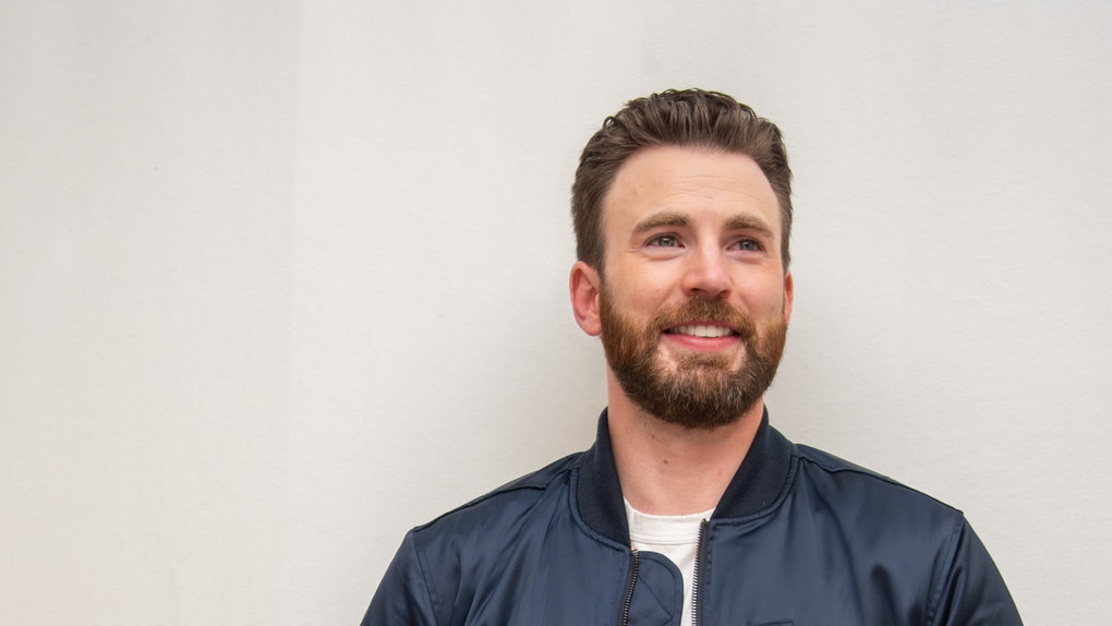 These tweets about Chris Evans in Hyundai's 2020 Super Bowl Commercial are so here for his Boston accent.