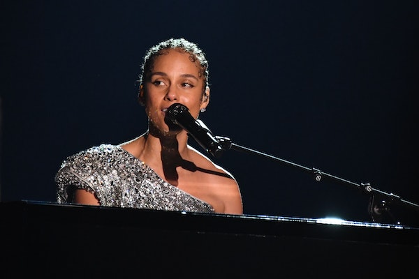 Alicia Keys hits the stage at the 2020 Grammy Awards.