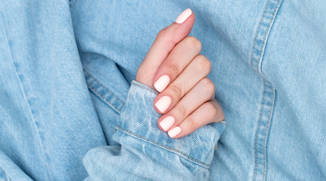 Nails Inc. Retinol 45 Second Top Coat creates chip-proof manicures in 45 seconds.