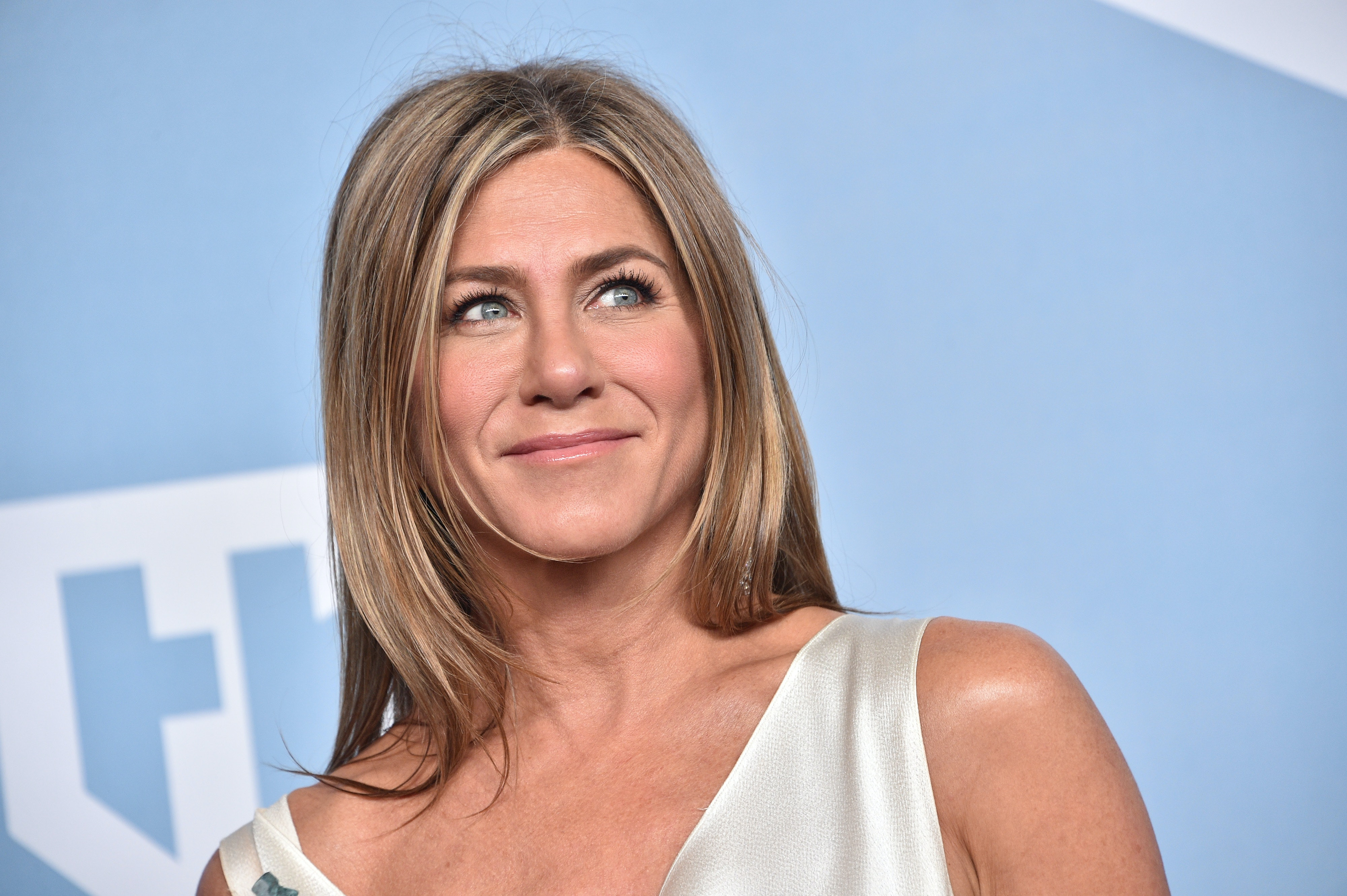 6 Iconic Jennifer Aniston Hairstyles From The Past That You Can Still Wear In 2020