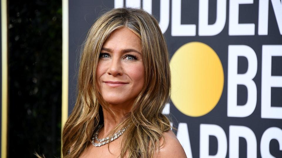 People are loving Jennifer Aniston's 2020 Golden Globes' look.
