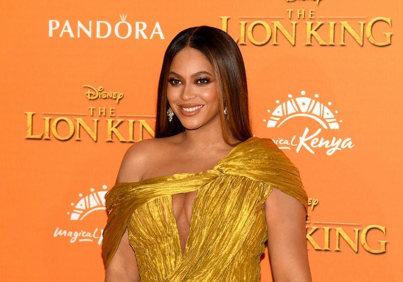 Beyonce's 2020 Golden Globes dress featured golden sleeves.