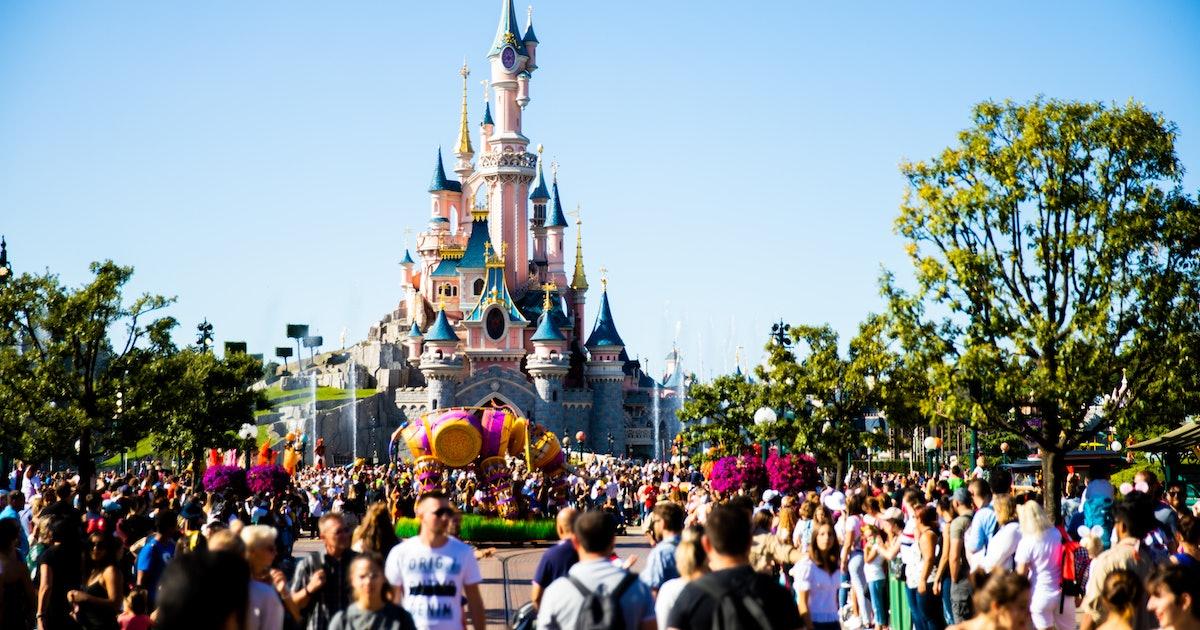 32 Instagram Captions To Use For Disneyland Paris & Magical Park Pics