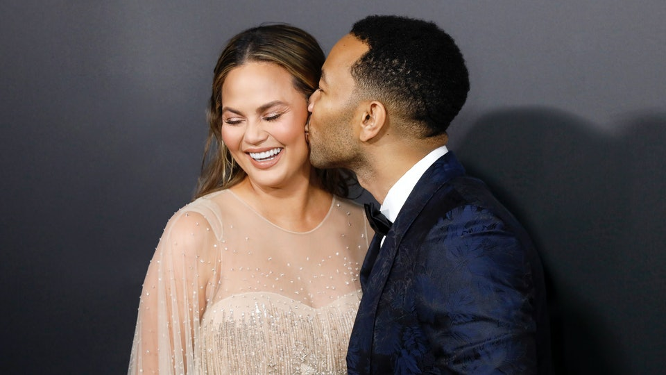 During the 2020 Billboard Music Awards on Wednesday night, John Legend devoted his performance of the song 'Never Break' to wife, Chrissy Teigen.