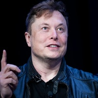 Musk Reads: Elon Musk details SpaceX's big Mars city goal