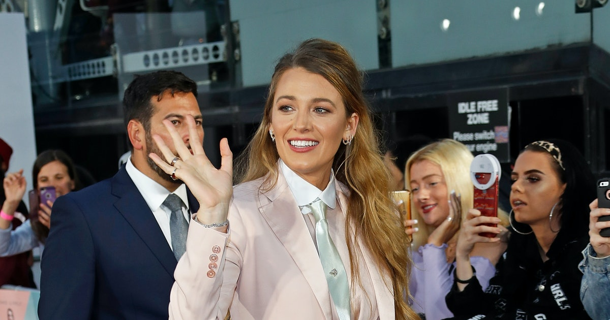Blake Lively's $78 Coat Co-Signs This Major Fall Trend