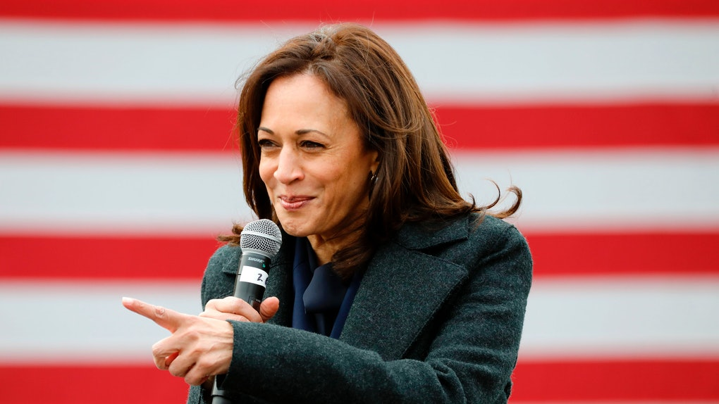 On Nov. 3, Kamala Harris took to Twitter to share some important messages with voters.