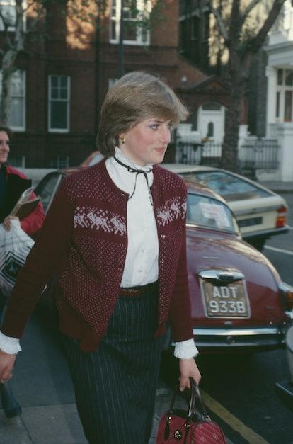 How To Wear A Cardigan Like Princess Diana