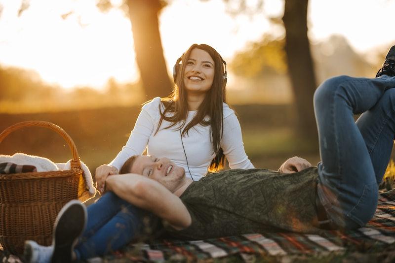 couple, date, picnic