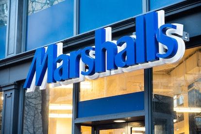 Marshalls store front.