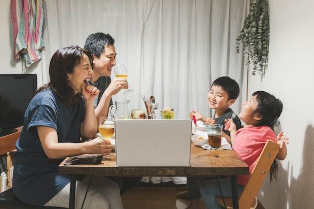 Family dinner over Zoom.