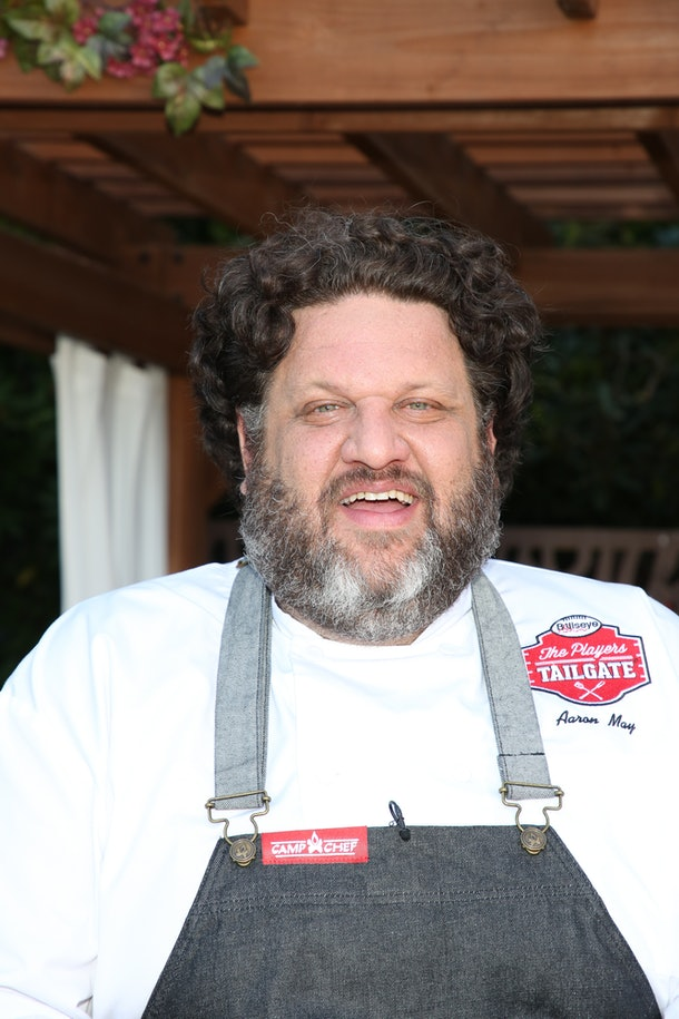 Charlie & Dixie D'Amelio's chef's response to the video drama proves he isn't upset.