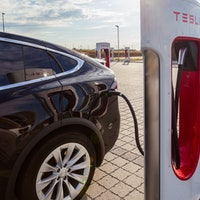 Musk Reads: Tesla gets a battery range boost