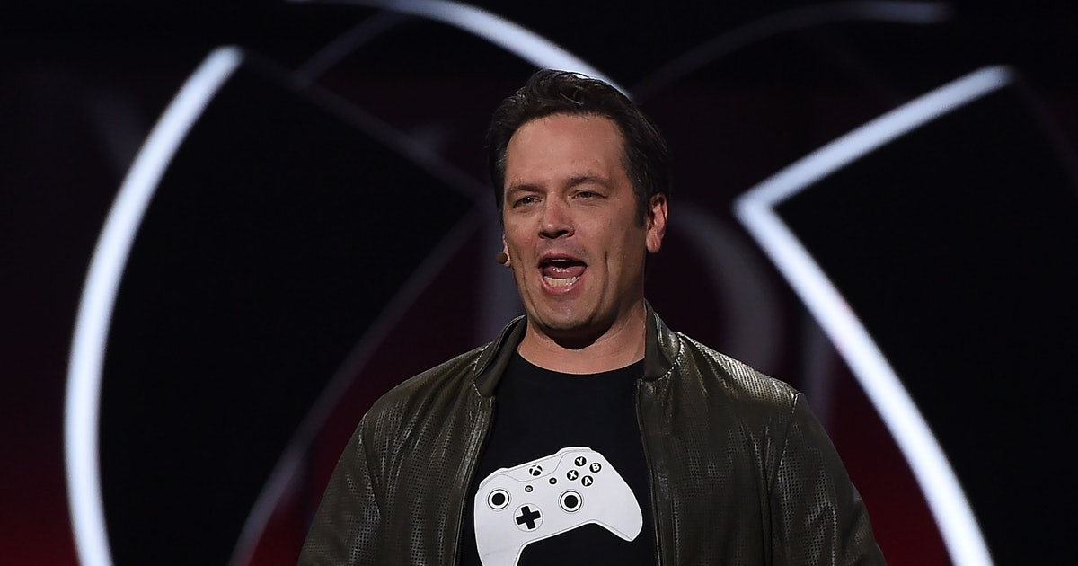 Xbox head Phil Spencer is in love with the PS5 DualSense controller