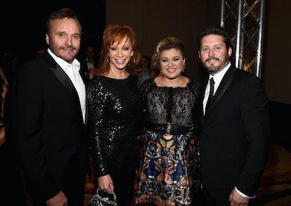 Narvel Blackstock, Reba McEntire, Kelly Clarkson, and Brandon Blackstock in 2015