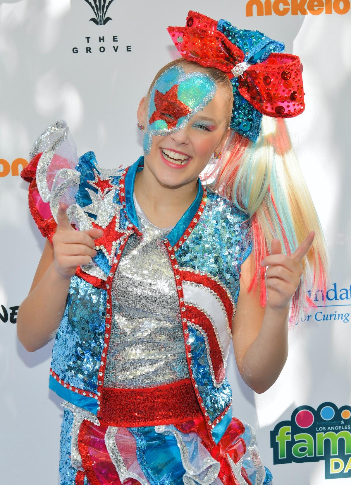 Jojo Siwa attends Nickelodeon family day.