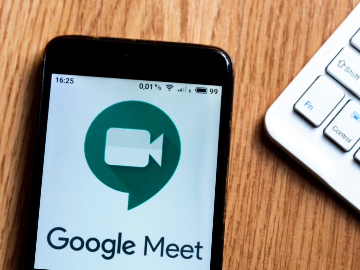 Google Meet now allows you to customize your videoconferencing background.