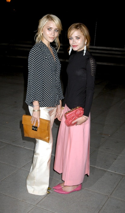 Ashley and Mary-Kate Olsen arrive at the 3rd annual Tribeca Film Festival - Vanity Fair Party.