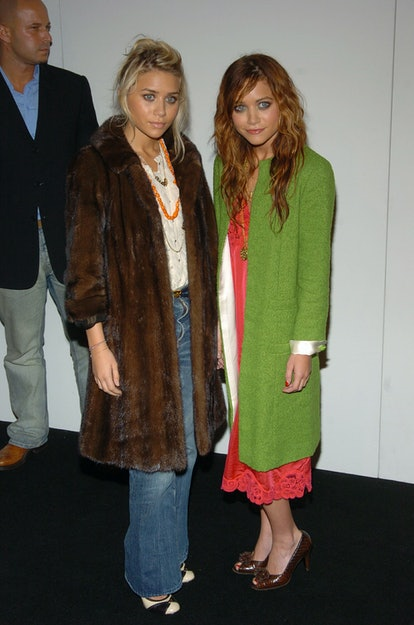 Ashley Olsen and Mary Kate Olsen during Olympus Fashion Week Spring 2005 - Marc Jacobs - Arrivals at...