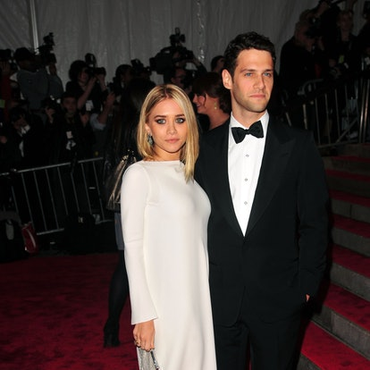 """Ashley Olsen and Justin Bartha attend THE COSTUME INSTITUTE GALA: """"The Model As Muse"""" with Honorary Chair MARC JACOBS - ARRIVALS at The Metropolitan Museum of Art on May 4, 2009 in New York City."""