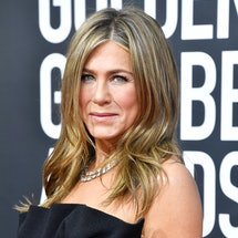 Jennifer Aniston sparks backlash after posting pandemic ornament. Photo via Getty Images
