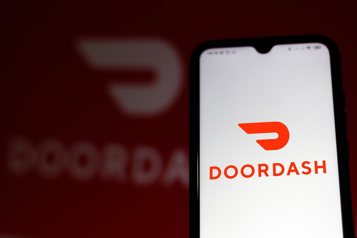 Here's how to send gifts on DoorDash to give your loved ones a treat.