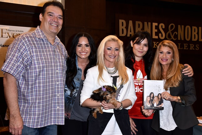 Demi Lovato came out to her parents, Dianna and Eddie de la Garza, in 2017.