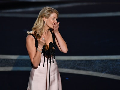 "Laura Dern's Oscars acceptance speech calling her parents her ""heroes"" had everyone emotional."