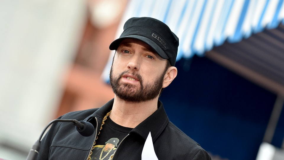 "Eminem took to the Academy Awards on Sunday where he surprised audience members with a performance of ""Lose Yourself""."
