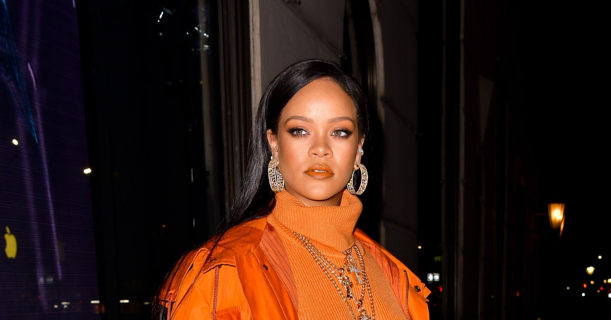Rihanna Just Wore *This* Kim Kardashian Look, But With A Sporty Twist