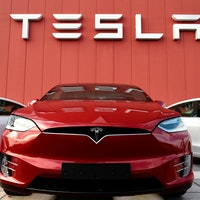 Tesla's big stock offer could help drive Elon Musk's wildest dreams