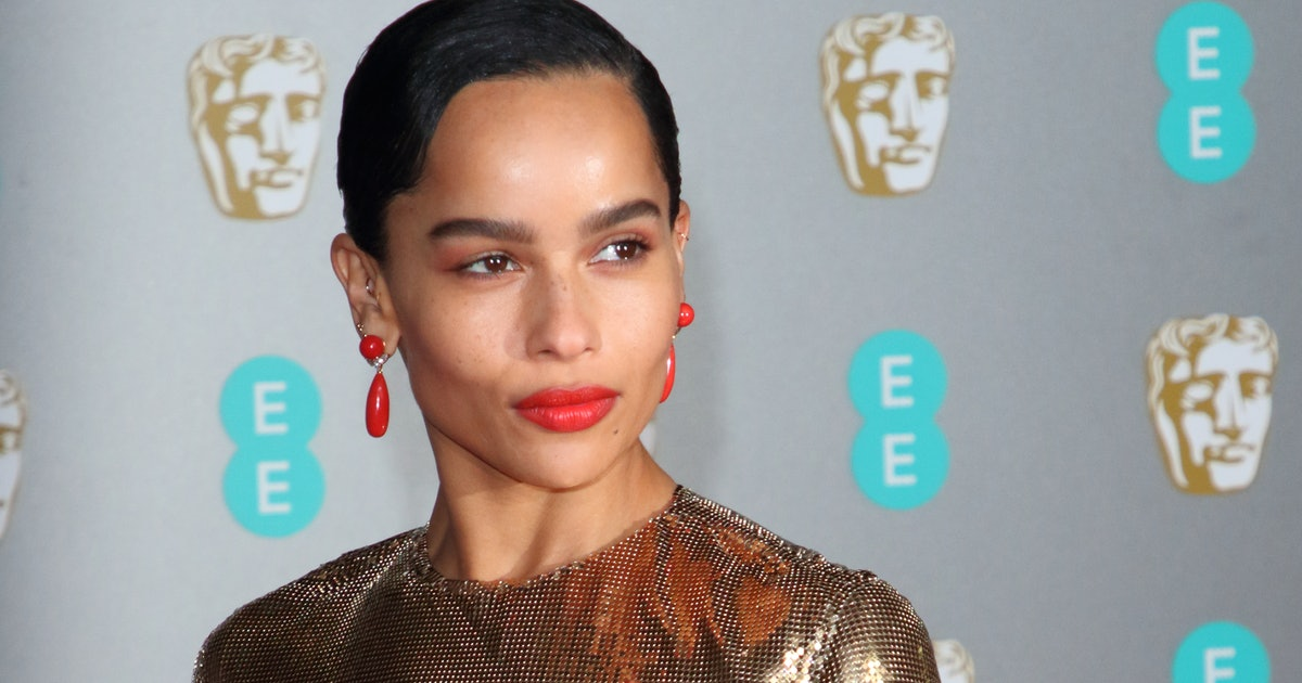 This Is Zoe Kravitz's Secret To Finding The Perfect Vintage T-Shirt