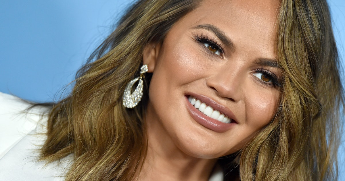 This Is *Officially* Chrissy Teigen's Favorite Color