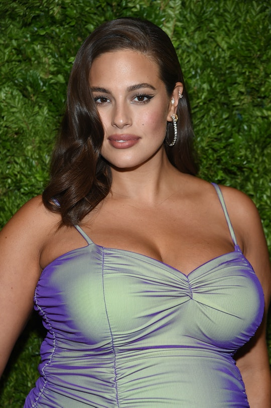 Ashley Graham celebrated her postpartum stretch marks in a stunning new photo.