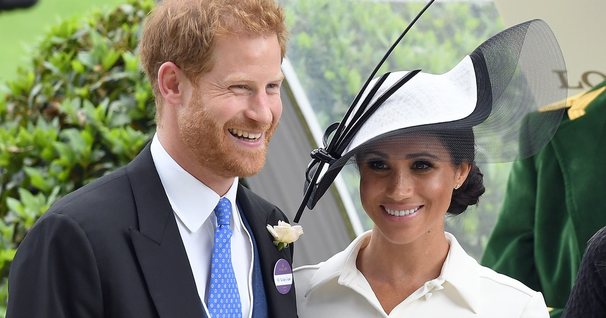There's Now An Official Date For Harry & Meghan To Step Down As Senior Royals