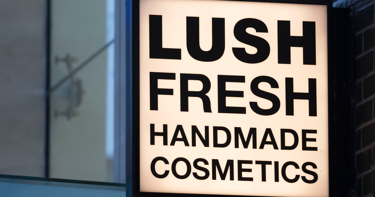 Lush's Adorable Easter Collection Needs To Hop Right Into My Bath