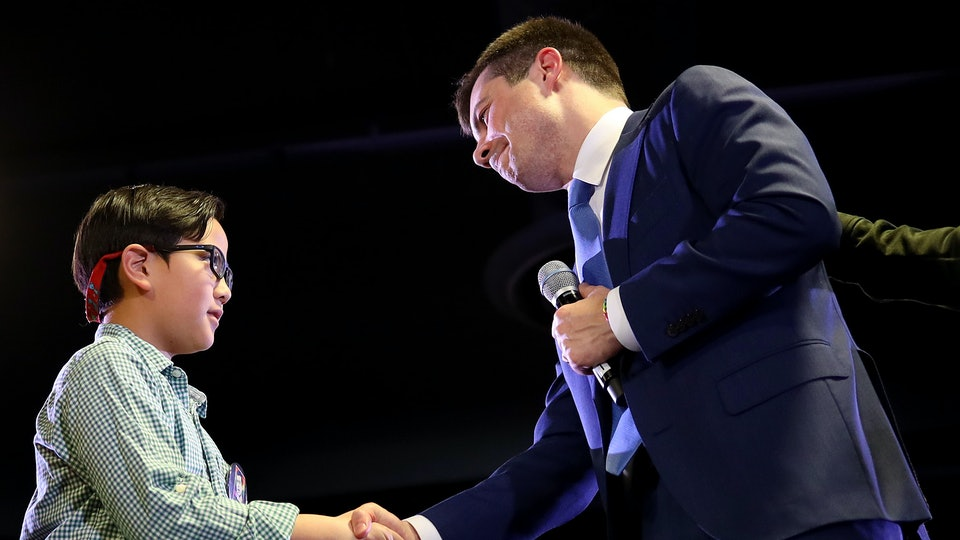 A 9-year-old boy asked Pete Buttigieg for help coming out as gay at a campaign event in Denver over the weekend.
