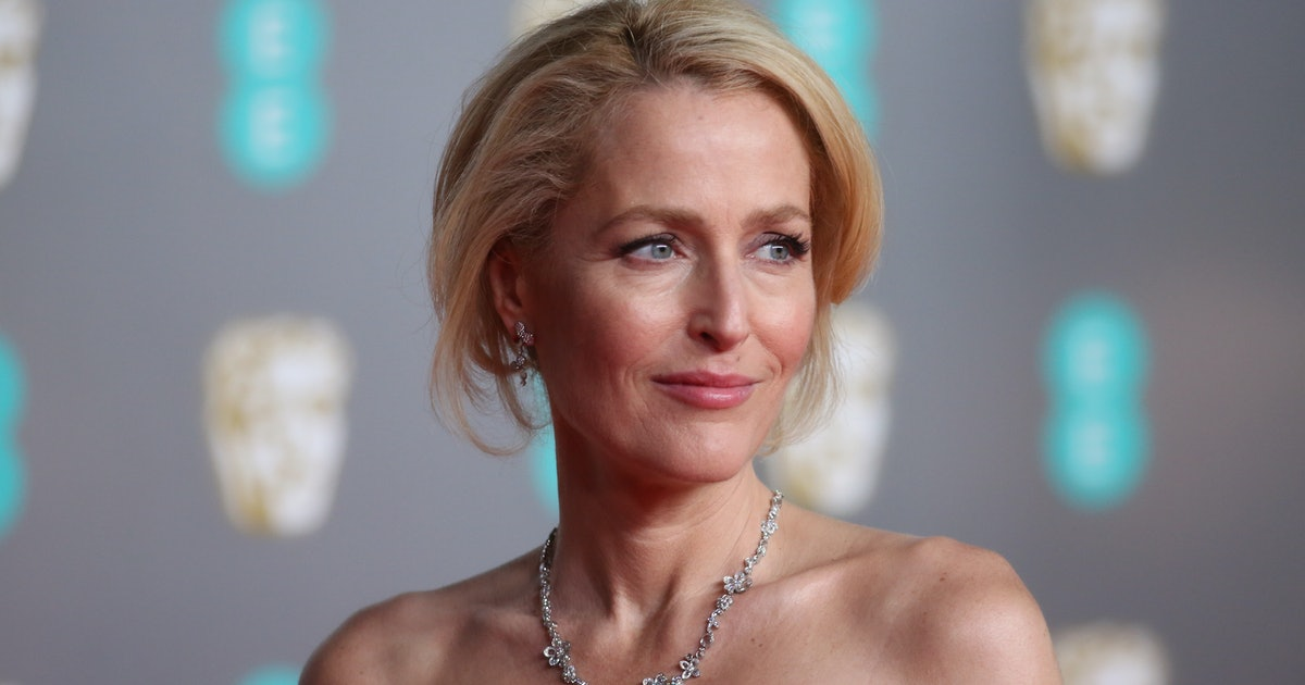 The First Photos Of Gillian Anderson As Margaret Thatcher Are Here