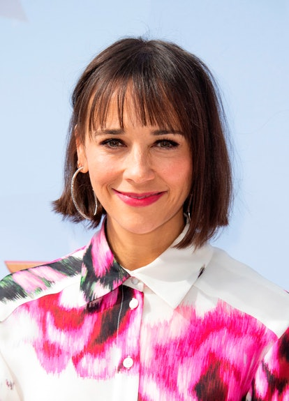 Rashida Jones' sleek and straight haircut looks trend-forward with tapered bangs