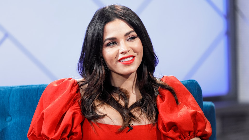 Jenna Dewan took to her Instagram story on Tuesday where she shared a sweet photo of herself breastfeeding her newborn son, Callum.