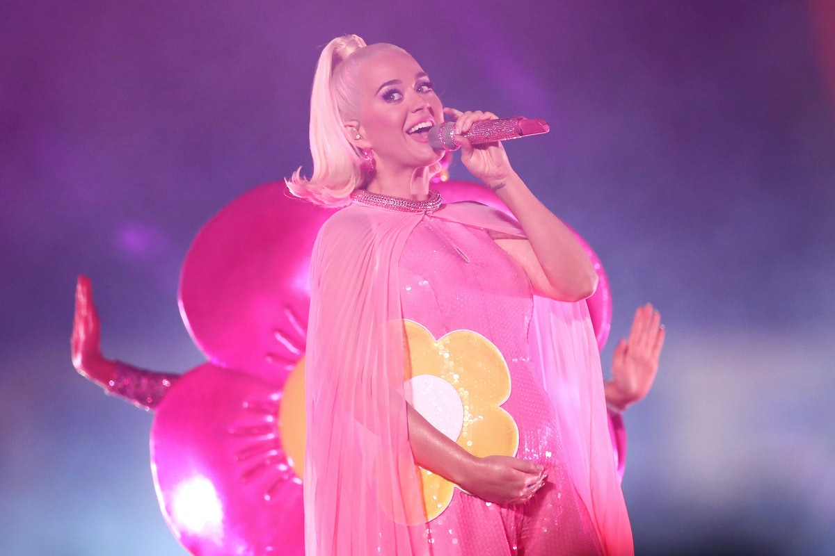"""Here Is Katy Perry's First Live Performance Of """"Never Worn White"""""""