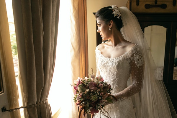 These stories about keeping secrets before getting married are shocking