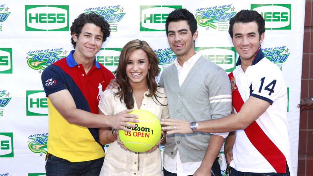 Are Demi Lovato The Jonas Brothers Still Friends Here S Where They Stand