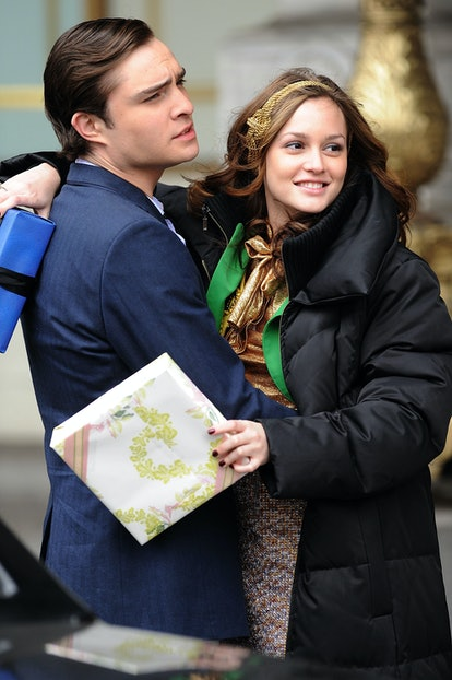 Blair Waldorf from show Gossip Girl with a gold, knotted headband