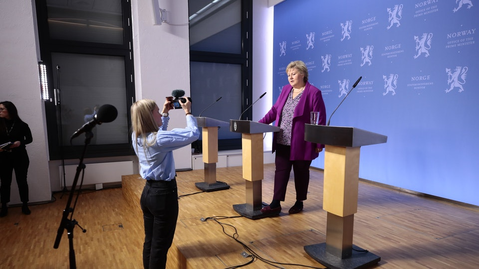 Norway's prime minister held a press conference to answer kids' coronavirus questions.